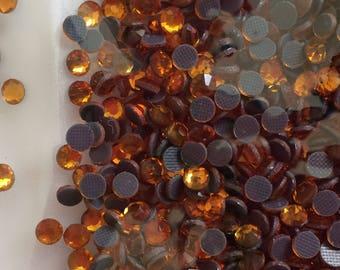 Set of 100 piece 4 mm rhinestones