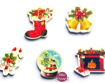 5 buttons wooden multi-colored Christmas - 2 holes