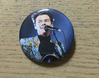 Harry Styles 2.25 inch Custom Pinback Button-Sept 2017 Los Angeles