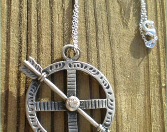 Silver Round Arrow Pendant Necklace, 10% off 4th of July Sale - Coupon Code TENOFF - Store Wide Sale, Jewelry Findings