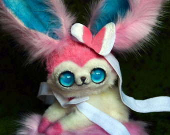 Pokemon Eevee Sylveon IN STOCK)