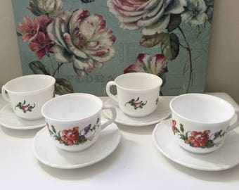 Vintage Arcopal France 'Provincial' Tea Set