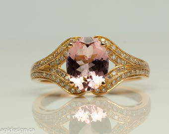 Oval Morganite and diamonds 14k Rose gold ring
