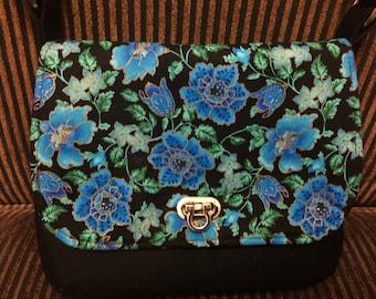 The Lilac Mini Messenger Bag
