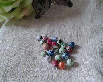 20 marbled 8 mm mixed color beads