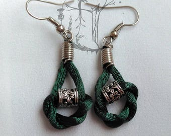 Pending mouse tail. Earring colors. Happy and fun