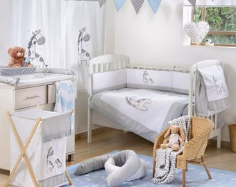 Gray Giraffe 4-Piece Crib Bedding Set