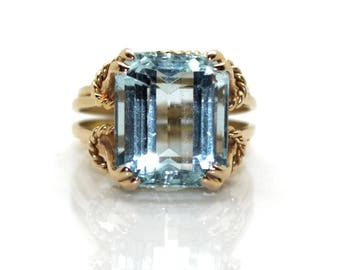 Aquamarine ring, circa 1940