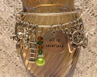Peter Pan Charm Bangle Bracelet/Peter Pan Jewelry/Peter Pan Bangle/Peter Pan Gift/Peter Pan/Peter Pan Charm Jewelry