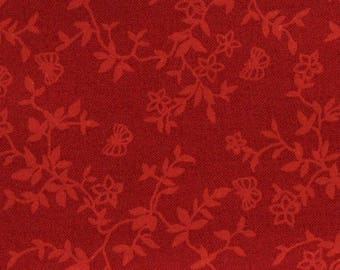 Red floral fabric tone on tone coupon 45 x 55 cm