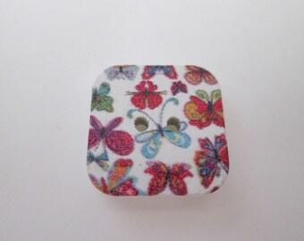 x 5 square 17 x 17 mm butterflies design wood buttons