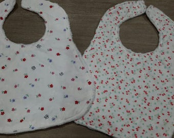 Baby bibs - set of 2