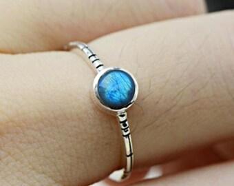 Labradorite ring, handmade ring, 92.5% Sterling silver ring, Labradorite silver ring, stone ring, size 3,4,5,6,7,8,9,10,11,12,13