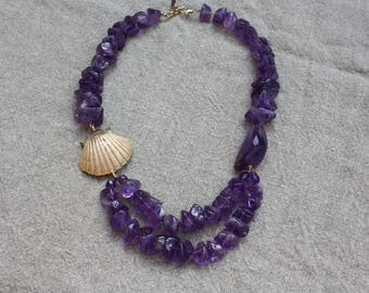 handmade necklace with shell in gilded bronze and Amethyst