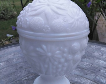 Vintage Avon Collectible Milk Glass Covered Candy Dish Trinket Dish