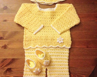Baby Girl Coming Home Outfit/ Crochet Sweater/ Pants/Hat/Booties/ 1st birthday outfit/ Newborn Photo Outfit/ Homecoming Outfit/ New mom Gift