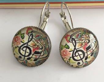 Treble clef 18mm cabochons earrings