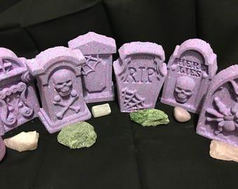 Tombstone Bath Bomb Set | Halloween Themed Bath Bombs | Creepy Bath Bombs | Spider Bath Bombs | Skull Bath Bombs | Bath Bomb Gift Set | BFF