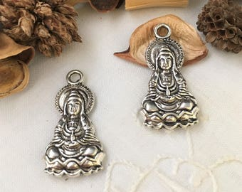 2 pendants Buddha sitting in aged silver, achievement for your creations