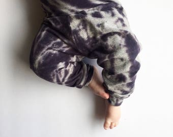 Tie Dye Baby Leggings, Tie Dye Baby Pants, Baby Joggers, Baby Clothing, Baby Shower Gift, Gender Neutral, Modern Baby Clothes