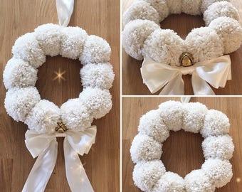 Meduim Pompom wreath - snowball
