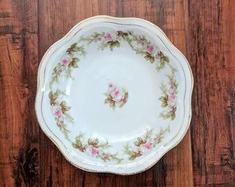 Small Antique flower bowl, serving bowl, simple