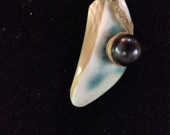 Pearl pendant of burgau and Perle Noire