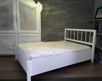 beautiful 1/6 scale barbie doll size wooden doll bed..