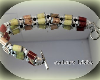 Double bracelet made of Red/beige / pink length 20 cm