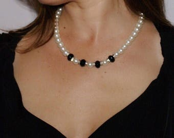 White Majorica pearls and black agate necklace