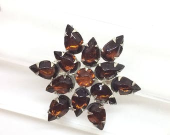 Brooch vintage form star with hand made glass color  burnt sugar