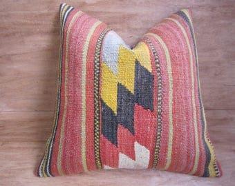 kilim pillow,20x20,vintage pillow,bohemian pillow,home living,home decor,decorative pillow,handwoven pillow,throw pillow,accent pillow