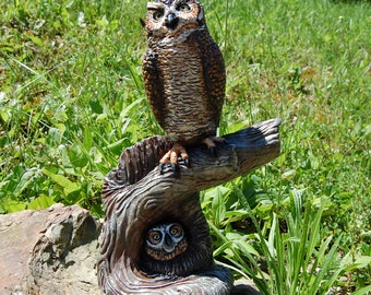 Great Horned Owl with Baby Owl
