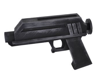 DC-17 hand blaster prop from Star Wars Battlefront 2. 1:1 scale replica