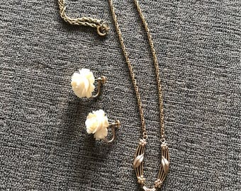 Vintage Van Dell Necklace and Earring Set (Gold-Filled and Composite)