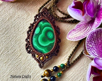 Macrame necklace with Malachite. Best quality. Powerful stone. Gypsy souls. Spiritual jewelry. Handmade. Unique design.