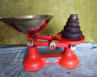 Vintage The Viking kitchenware scales with weights
