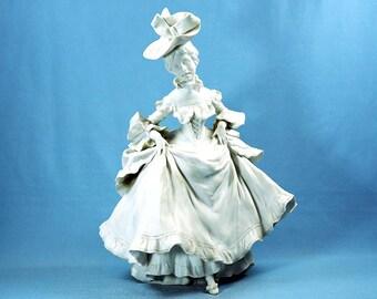 19 Century Bisque Porcelain Figurine Lady Bowing