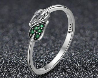 Silver ring Dancing Leaves