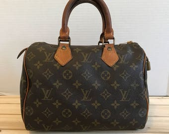 LOUIS VUITTON Vintage Speedy 25 Handbag Classic Brown Monogram Canvas Satchel