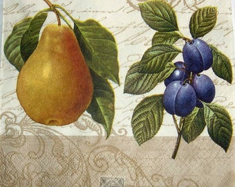 Napkin/pears plums