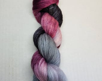 Hand dyed yarn indie dyed yarn single ply merino lace weight