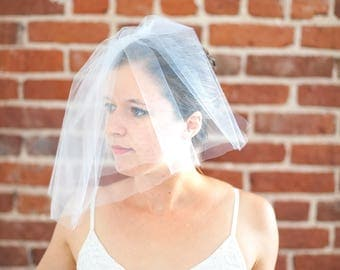 The Bellerosa: Blusher Veil with Pearl Beading and Wire Art