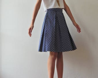 Retro inspired dot skirt