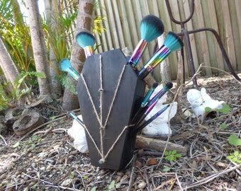 Wiccan Jute Make Up Brush Holder