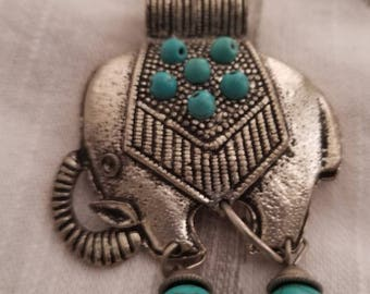Necklace Accessory, Boho Necklace, Elephant Accessory, Jewely Accessories, Thrift Shop
