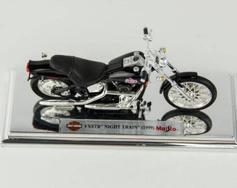 Maisto Harley Davidson 1999 FXSTB Night Train 1/18 Diecast