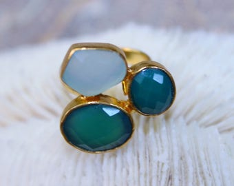 Individual gold plated ring with aqua blue chalcedony and green onyx
