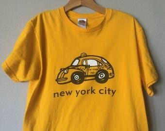 New York City NYC Yellow Gold Cab T-shirt Sz M