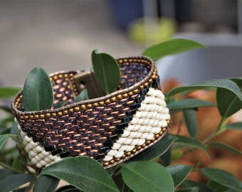 Brazilian beaded bracelet White Pearl and bronze metallic.